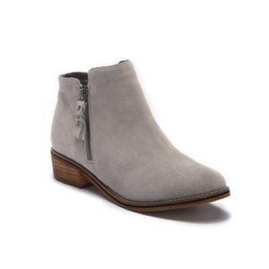 Blondo Liam Waterproof Bootie Size 11